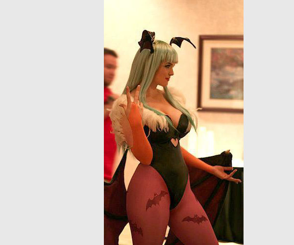morrigan-dark-stalkers-costume