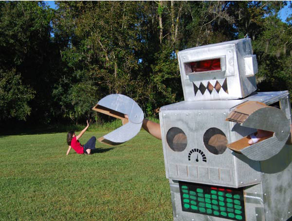 Cardboard-Robot-Costume