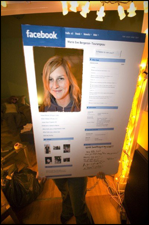 Facebook-Profile-Costume