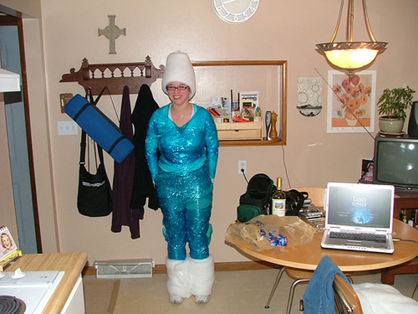 How-to-Make-a-Q-Tip-Costume