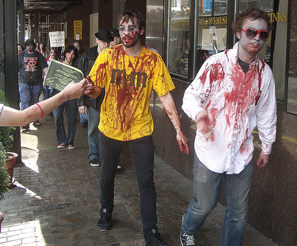 How-to-Make-a-Zombie-Costume
