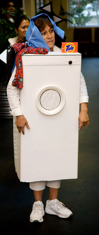 Washing-Machine-Costume