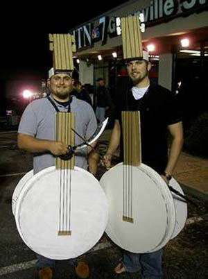 homemade-banjo-costumes