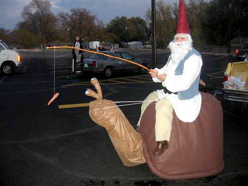 snail-riding-gnome-costume