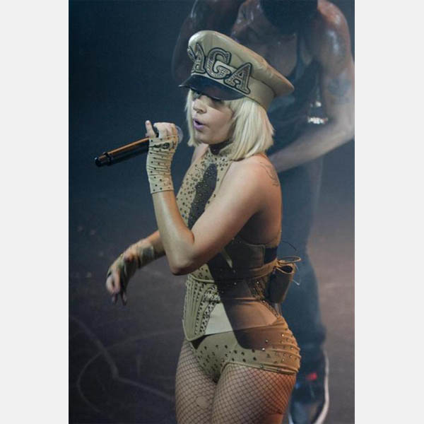 lady-gaga-military